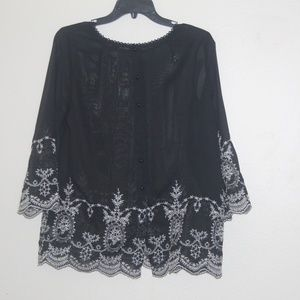 Forever 21 size L black tunic with embroidery T